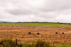 Sistemas de extinção de incêndios automatizados da colheita para a irrigação foto de stock royalty free
