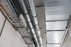 Sistemas de ventilação e de cabos elétricos Imagem de Stock