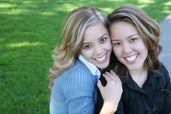 Sisterly Liebe Lizenzfreie Stockfotos