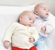 Sisters.ter gemellare. Fotografie Stock