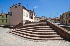 Sisti bro. Comacchio. Emilia-Romagna. Italien. Royaltyfria Bilder