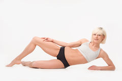 Sit-ups in gym Royalty Free Stock Photos