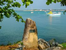 Site où capitaine Cook a débarqué en 1770 pour réparer son effort du bateau HMB après qu'il ait frappé la Grande barrière de cora images stock
