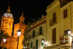 Sitges, Ισπανία - 10 Ιουνίου: Φωτισμένα αρχιτεκτονικά κτήρια επάνω Στοκ εικόνα με δικαίωμα ελεύθερης χρήσης