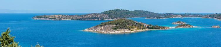 Sithonia海岸全景,哈尔基季基州,希腊 免版税库存照片