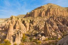Siti della roccia della valle di Cappadocia in autunno Immagine Stock