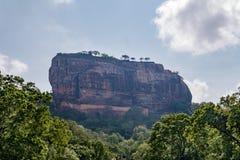 Sitio 'fortaleza del patrimonio mundial de la UNESCO en el cielo ' Sigiriya Sri Lanka imagen de archivo libre de regalías
