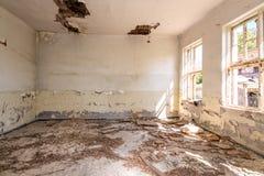 Sitio abandonado y destruido Foto de archivo libre de regalías