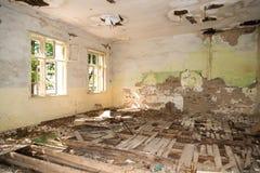 Sitio abandonado y destruido Imágenes de archivo libres de regalías