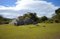 Sitio arqueológico de Tenam Puente en Chiapas Imágenes de archivo libres de regalías