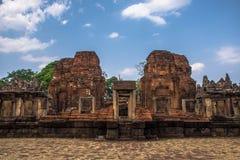 Sitio arqueológico del Khmer de Prasat Muang Tam en la provincia de Buriram, Tailandia Fotos de archivo