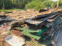 Sitio de demolición viejo y abandonado de la casa Fotografía de archivo