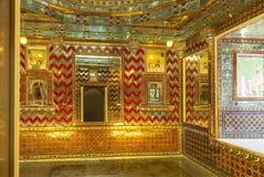 Sitio de espejos, palacio de la ciudad, Udaipur, Rajasthán imagen de archivo