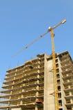 Sitio de la construcción de la grúa y de edificios Foto de archivo libre de regalías