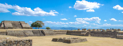 Sitio de Monte Alban Archaeological Imagen de archivo libre de regalías