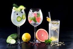 Sitio del fondo de las bebidas de las bebidas de los cócteles para el texto fotos de archivo