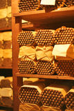 Sitio del humidor del cigarro en la casa del tabaco Fotografía de archivo