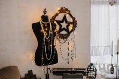 Sitio del vintage: maniquí negro, deocration de la estrella Fotografía de archivo