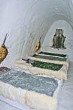 Sitio durmiente en un hotel del hielo Fotografía de archivo libre de regalías