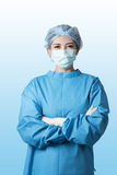 Sitio en funcionamiento del cirujano asiático de la mujer Imágenes de archivo libres de regalías