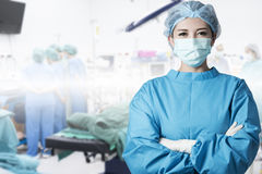 Sitio en funcionamiento del cirujano asiático de la mujer Fotografía de archivo