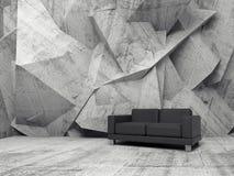 Sitio interior, concreto abstracto con el sofá negro Imagen de archivo libre de regalías