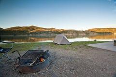 Sitio para acampar del desierto Fotos de archivo libres de regalías