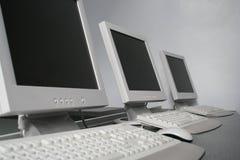 Sitios de trabajo del ordenador Fotos de archivo