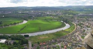 Sitrling, Σκωτία - 2 Ιουνίου 2017: Άποψη πέρα από Stirling από το William Wallace Momument απόθεμα βίντεο