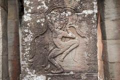 Situación de las tallas de Apsara en la pared del templo de Angkor, herit del mundo Fotos de archivo libres de regalías