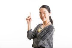 Situación joven de la mujer de negocios aislada en blanco Fotografía de archivo
