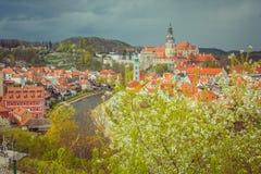 Sityscape van Cesky Krumlov in de lente Bohemen, Tsjechische Republiek Royalty-vrije Stock Foto's