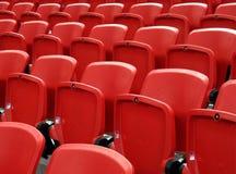 Sitze in einem Stadion Lizenzfreies Stockbild