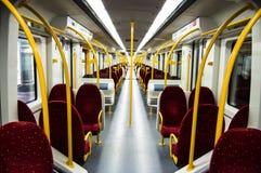 Sitze innerhalb eines modernen Zugs, Portugal lizenzfreie stockbilder