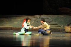 Sitzen Sie auf der Grund-Jiangxi-Oper eine Laufgewichtswaage Lizenzfreie Stockbilder