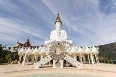 5 sitzendes Buddha statu an Phetchabun-Provinz Stockbild