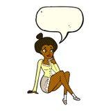 sitzendes Denken der attraktiven Frau der Karikatur mit Spracheblase Lizenzfreie Stockfotos