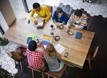 Sitzungs-Diskussions-Ideen-Kommunikations-Unternehmenskonzept Lizenzfreie Stockbilder