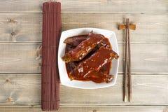 Reforços de reposição pegajosos chineses de carne de porco imagem de stock
