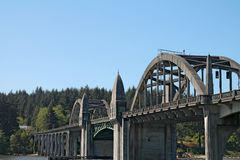 Siuslaw桥梁在佛罗伦萨,俄勒冈 免版税库存照片