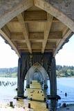 Siuslaw bro i Florence, Oregon Arkivbild