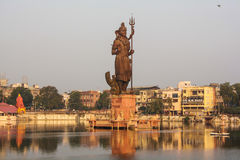 Siva di signore, sursagar, Baroda, India fotografia stock