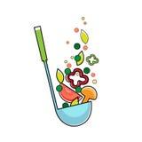 Siviera di minestra con le verdure, cucchiaio della cucina piano Fotografia Stock Libera da Diritti