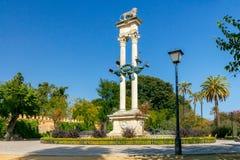 Siviglia Colonna di Columbus immagini stock libere da diritti