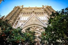 Siville: Kathedraal van Santa Maria de la Sede de Sevilla, in Andalusia, Spanje stock foto