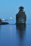 siwash утеса утра moonset стоковые изображения rf