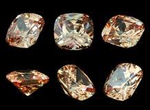 Six gemmes d'isolement sur un fond noir Image stock