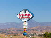 Six signes magiques d'entrée de la Californie de montagne de drapeaux Photos stock