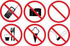 Six signes prohibitifs d'isolement sur le blanc Photographie stock libre de droits