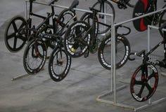 Sixday jeździć na rowerze seria finałów wyposażenie w palmy velodrome obrazy stock